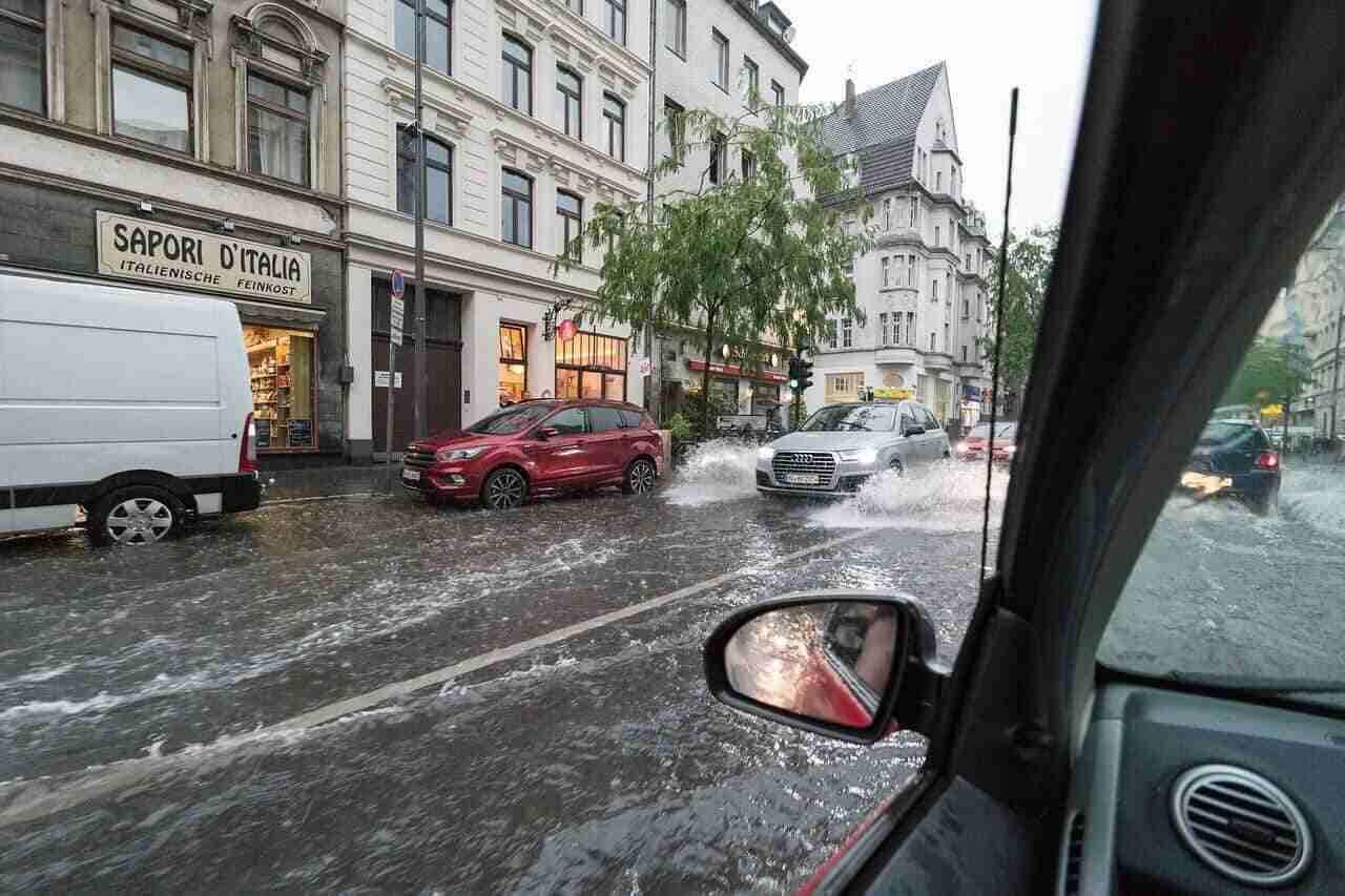 Überschwemmung Köln – Elementarschäden Versicherung